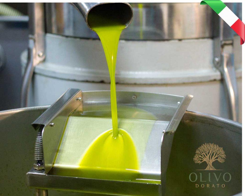 natives Olivenöl extra aus Italien